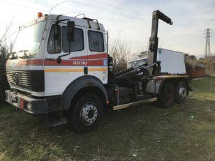 MERCEDES-BENZ 2038 hook lift truck