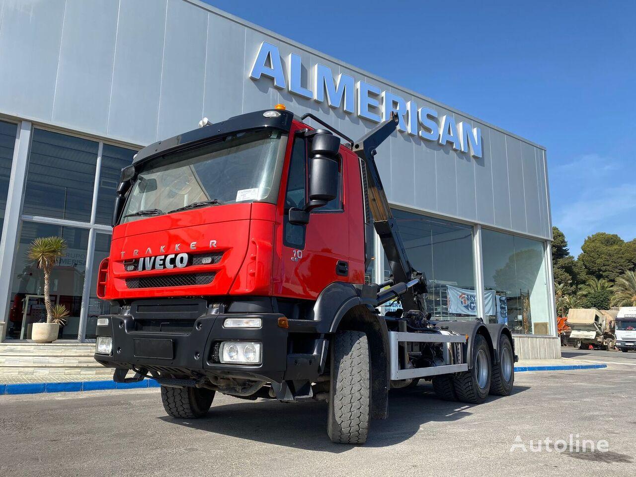 IVECO AD26T41  hook lift truck