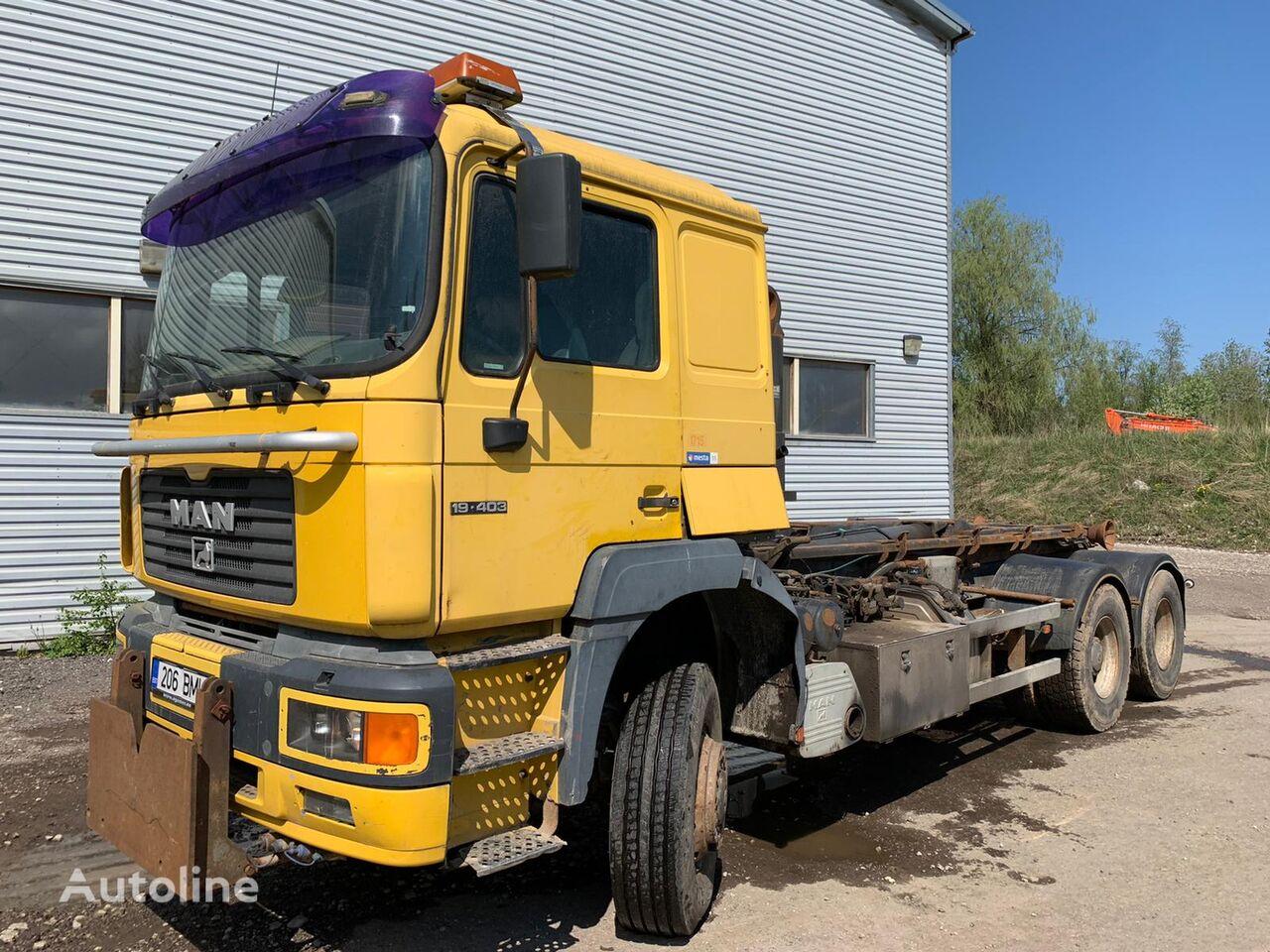 MAN 19.403  4X4X2 hook lift truck