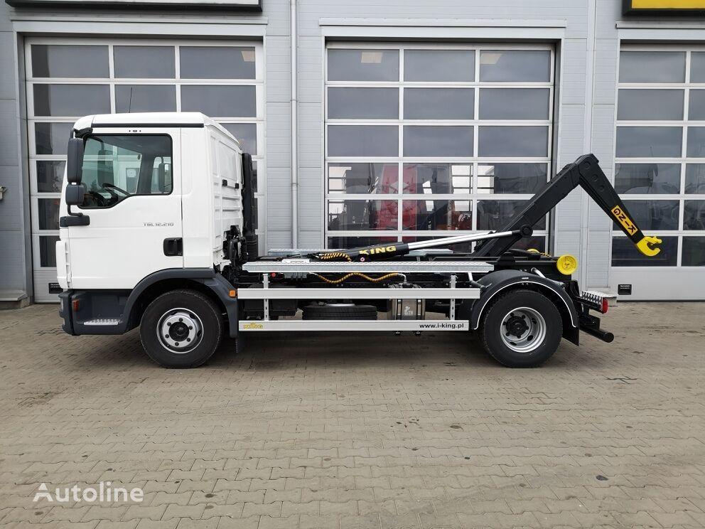 MAN TGL 12.210 hook lift truck