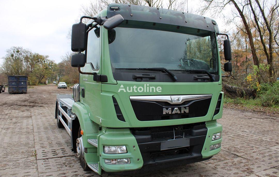 MAN TGM 12.290 hook lift truck