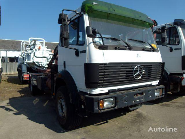 MERCEDES-BENZ 1722 AK 4x4 + HIAB 090A hook lift truck