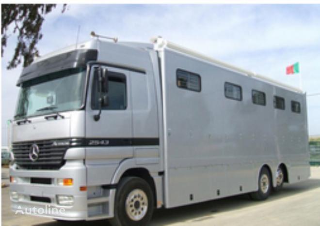 MAN ACTROS 25 43  horse truck