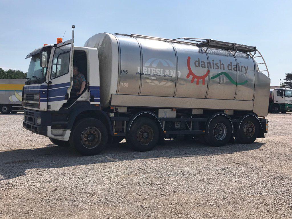 DAF CF 340 milk tanker