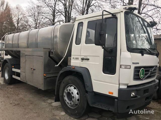 VOLVO FL 220 milk tanker