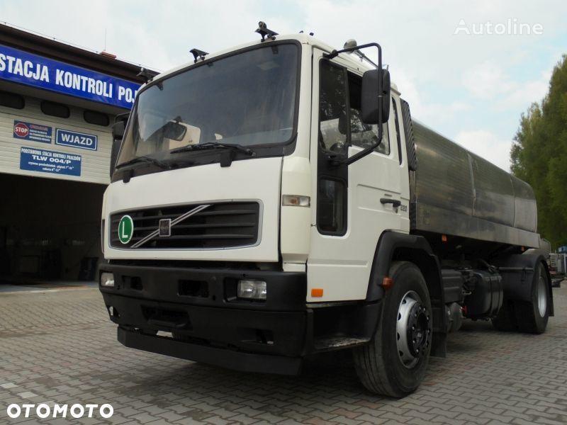 VOLVO FL220 milk tanker