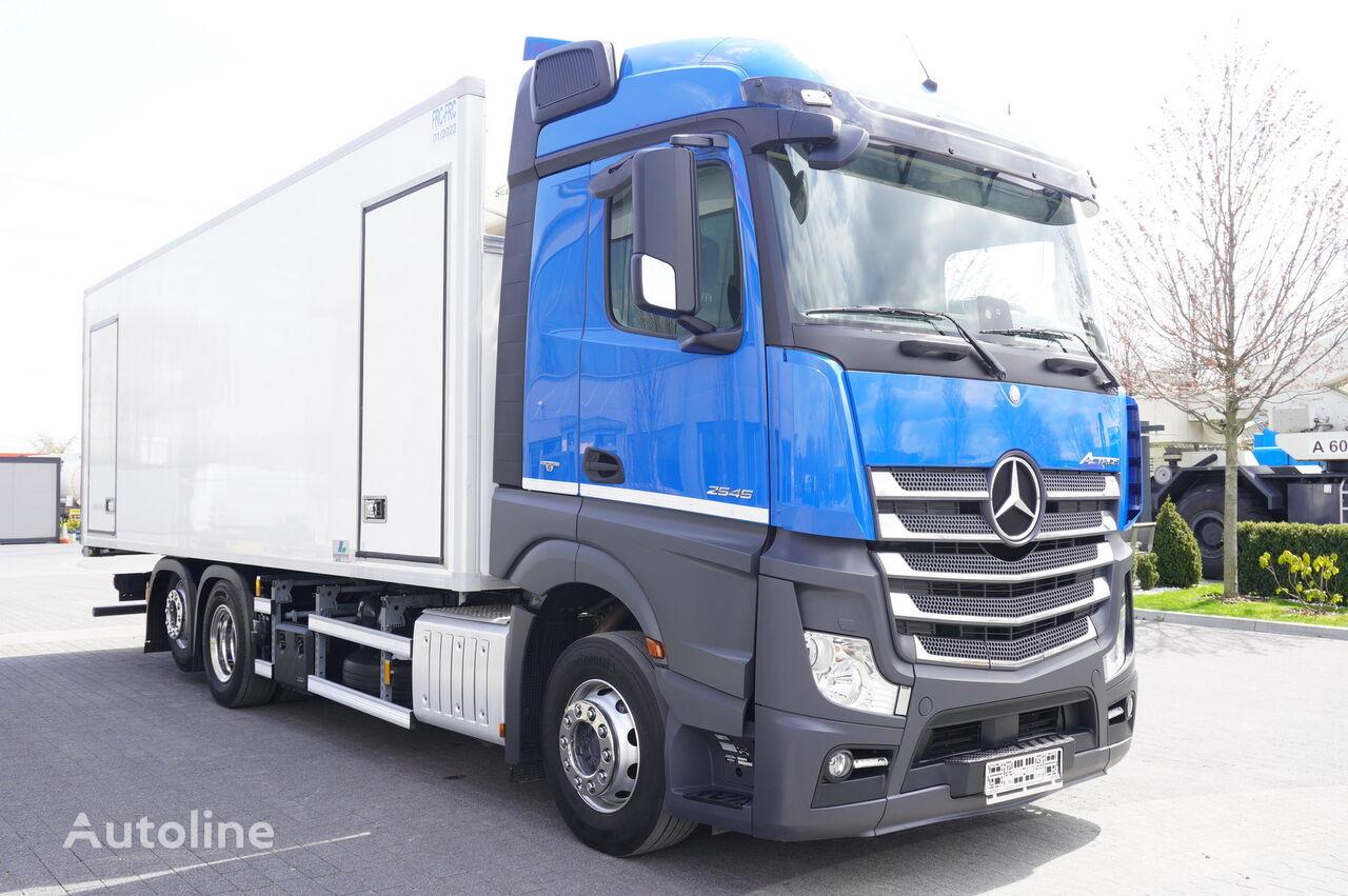MERCEDES-BENZ Actros 2545 , E6 , 6X2 , BI-TEMPERATURE , 19 EPAL , 2x side door refrigerated truck