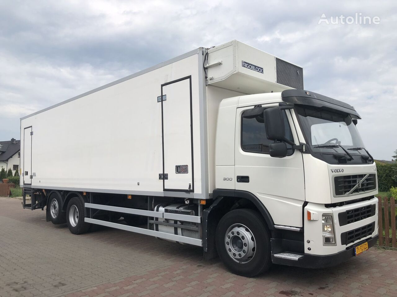 FH FM 6x2 22palety refrigerated truck