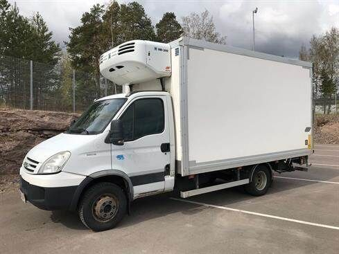 IVECO Daily 65C18/375 refrigerated truck