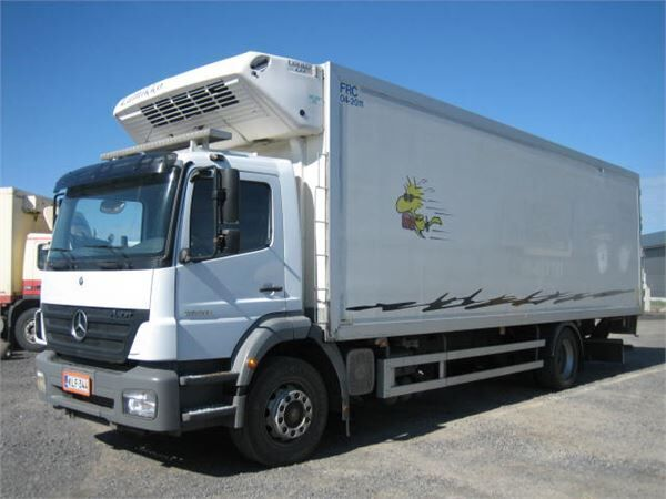 MERCEDES-BENZ 1828 Lnr 57 refrigerated truck