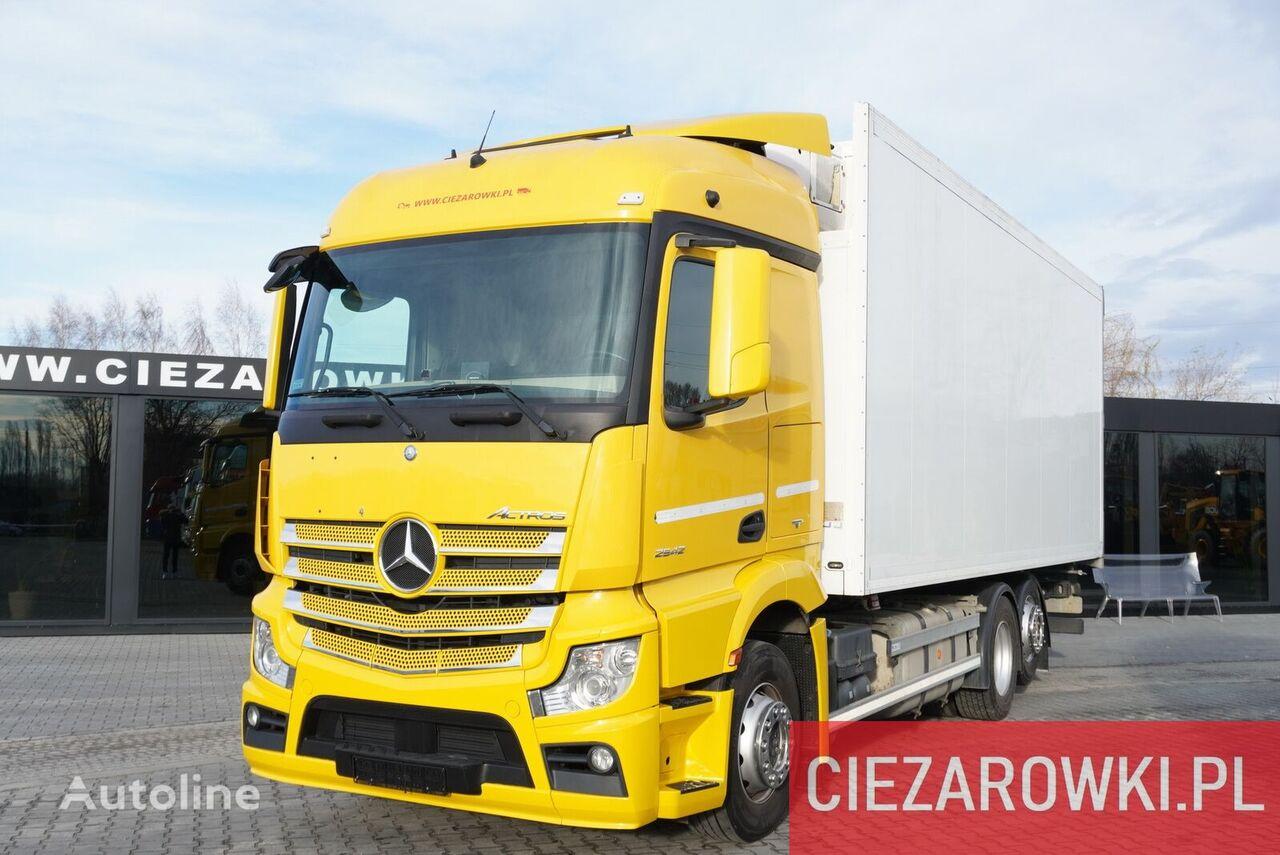 MERCEDES-BENZ Actros 2542 , E6 , 6x2 , Schmitz 18 EPAL , height 2,6m , retarde refrigerated truck