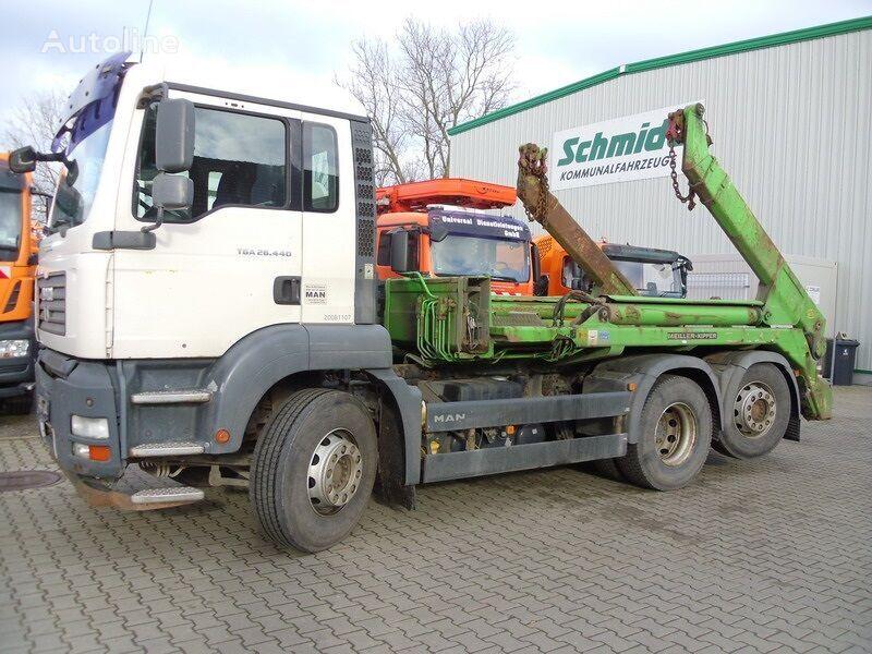 MAN TGA 26.440  skip loader truck