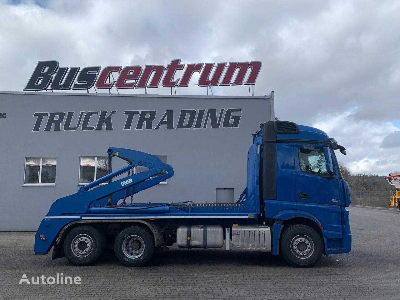 MERCEDES-BENZ Actros 2551  skip loader truck