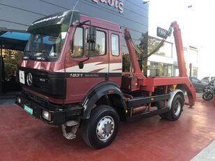 MERCEDES-BENZ SK II 1831 skip loader truck