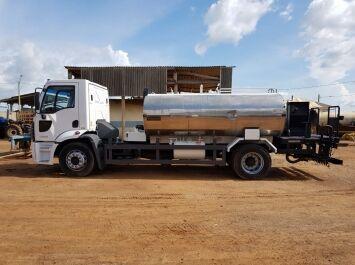 FORD 1722 tanker truck