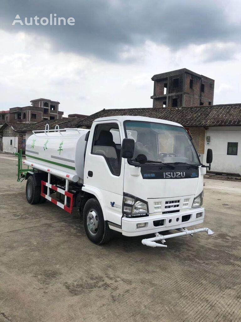 ISUZU water spriking  tanker truck