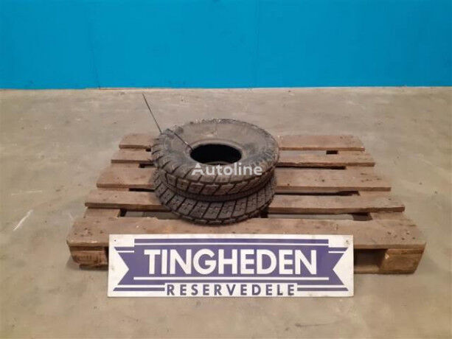 AT20x108 truck tire