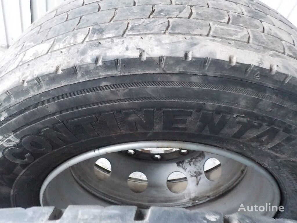 Continental HDR2 truck tire