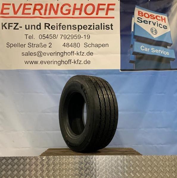 new Michelin 160K XMulti T REMIX (Werksrunderneuert) truck tire