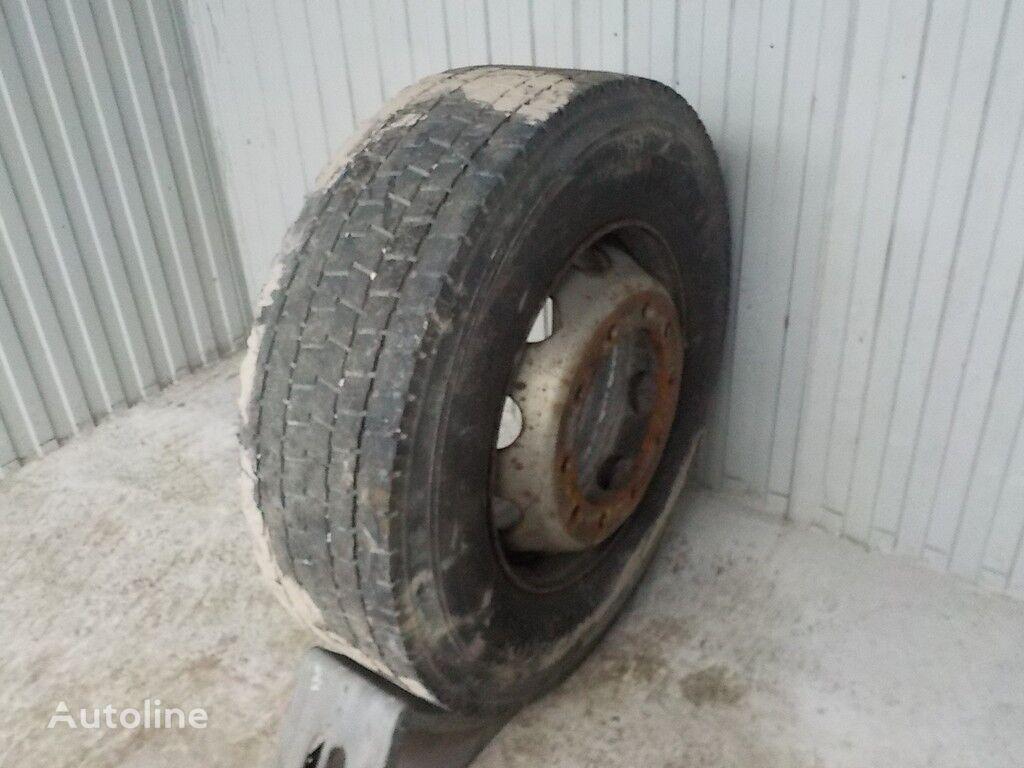 Pirelli 315/70 R 22.50 truck tire