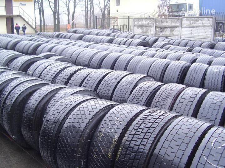 Bridgestone 275/70 R 22.50 truck tire