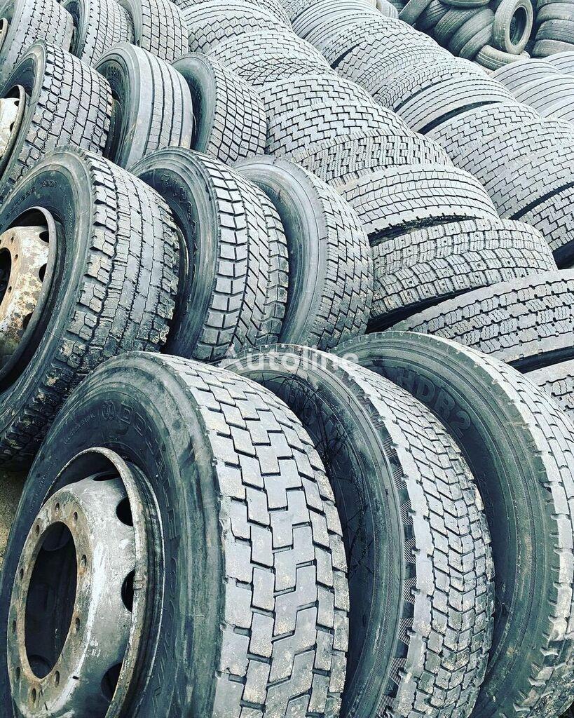 Bridgestone 295/80 R 22.50 truck tire