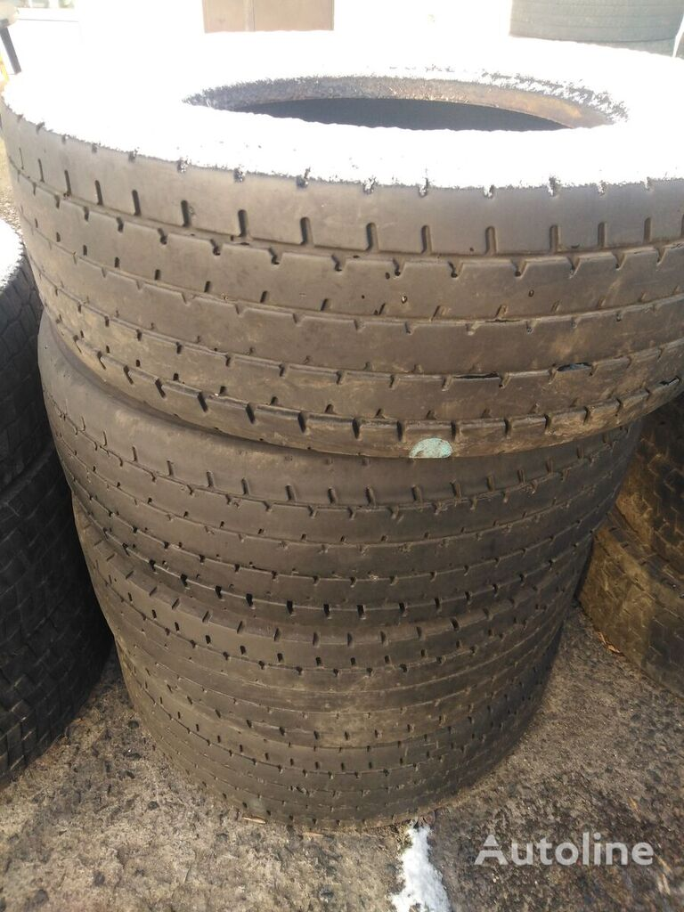 Bridgestone 295/60 R 22.50 truck tire