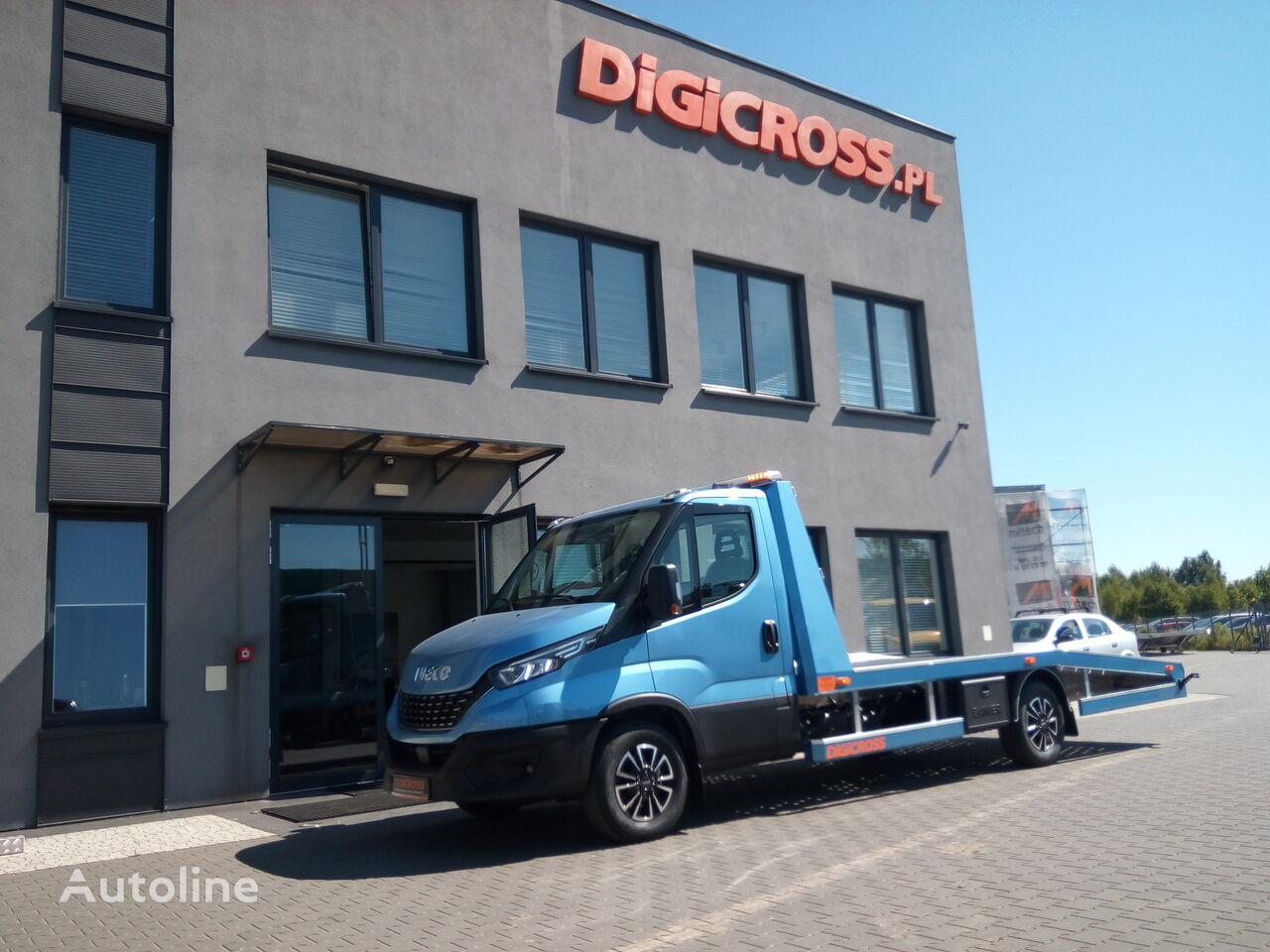 new IVECO 35S21A8  Digicross  tow truck