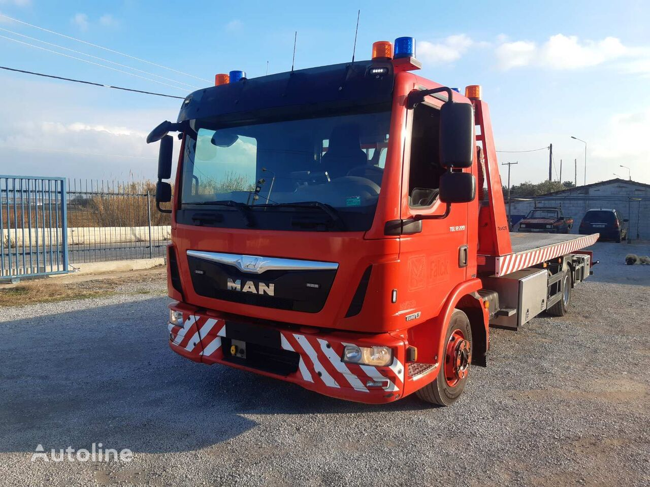 MAN TGL  tow truck