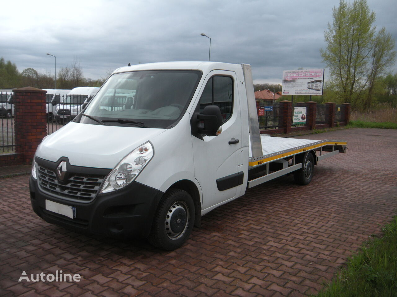 RENAULT Master 2.3 tow truck