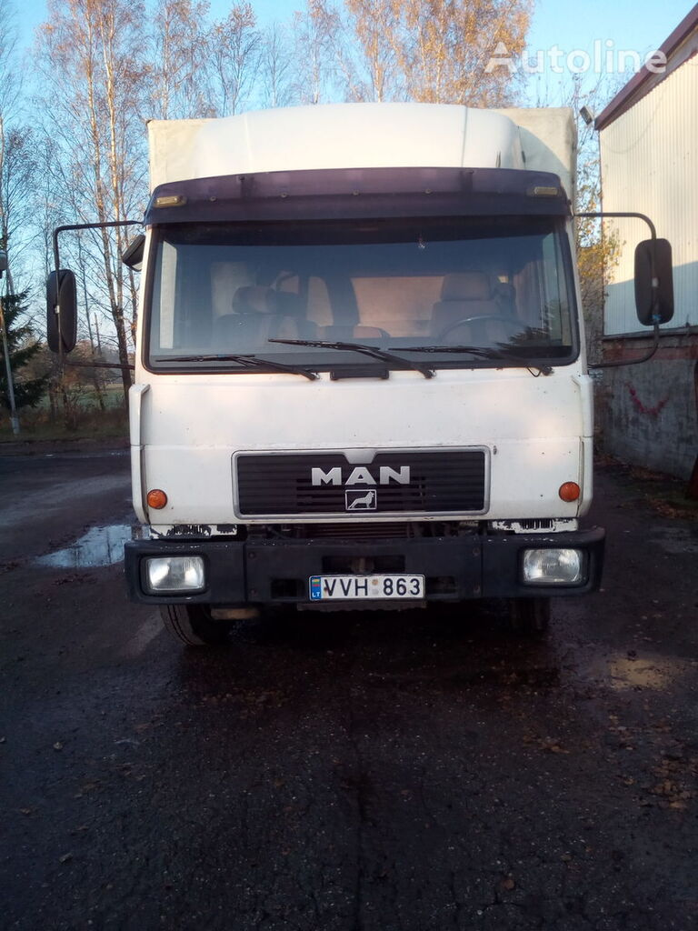 MAN truck curtainsider