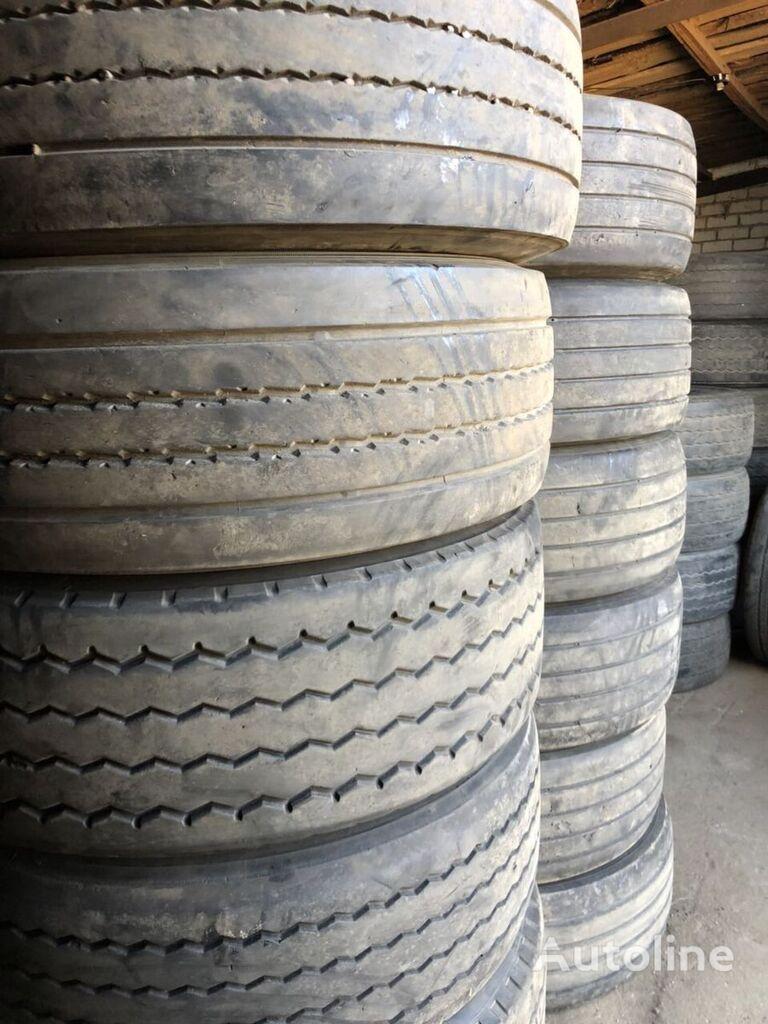 Bridgestone 385/65 R 22.50 truck tyre