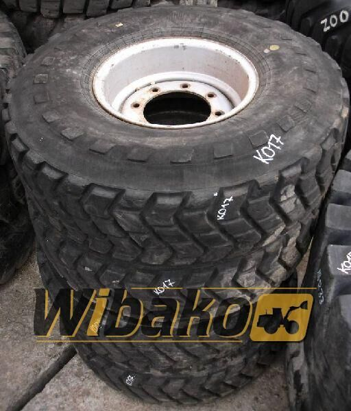 8/22/14 (320/457) digger tyre