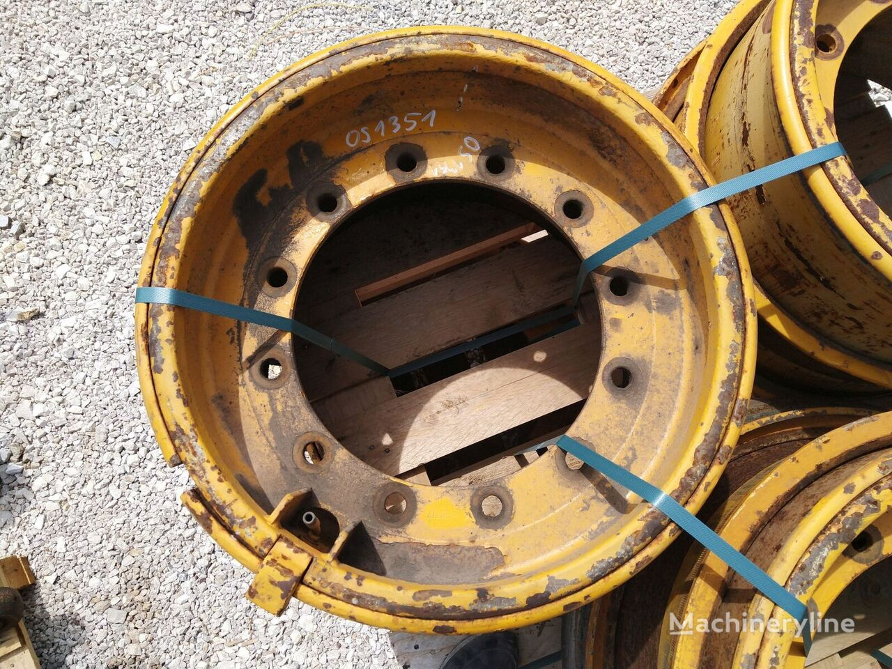 VOLVO FELGA OBRĘCZ R25 4781717 VOLVO A20 A25 RIM FELGE forklift wheel disk
