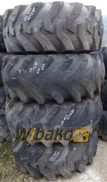 19.5/24 (12/37/25) wheel loader tire