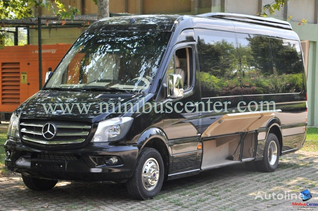 Minibus center new mercedes benz sprinter 519 bluetec for Mercedes benz sprinter bluetec