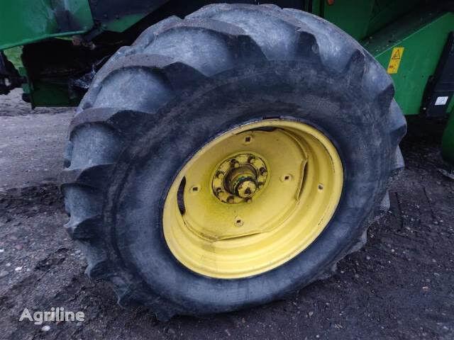 Goodyear 16.9R26 wheel
