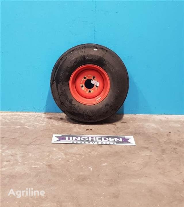 VREDESTEIN 11.5/80-15.3 wheel