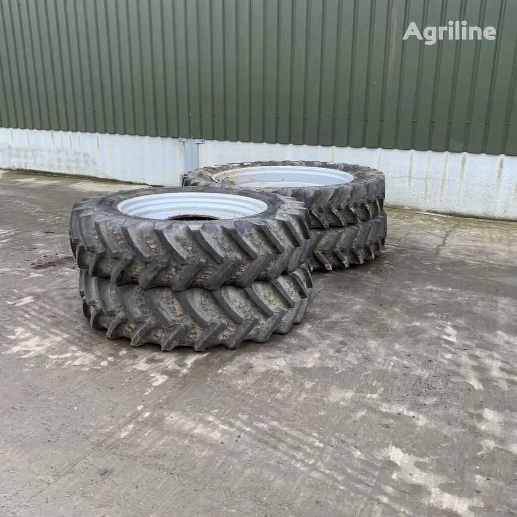 BKT  380/90R54 Agrimax wheel
