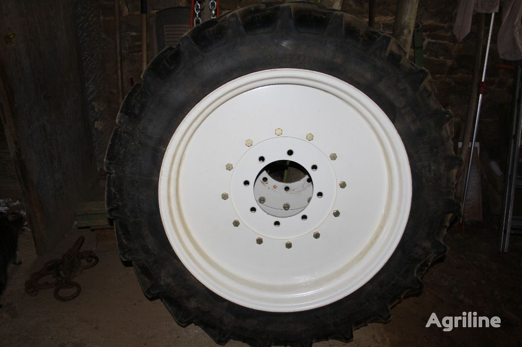 FORD Roues avant éroite pour ford 8210 ZF wheel