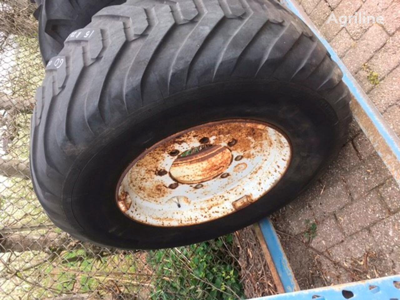 Michelin 15R22.5 wheel