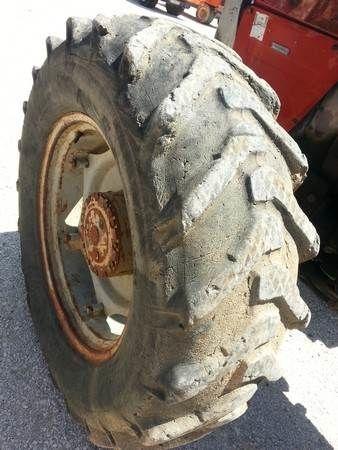 PNEUS Florestais wheel