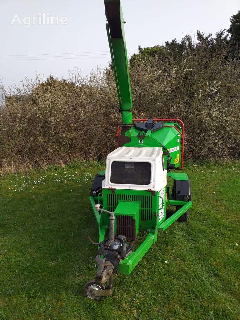 GreenMech 19-28 wood chipper