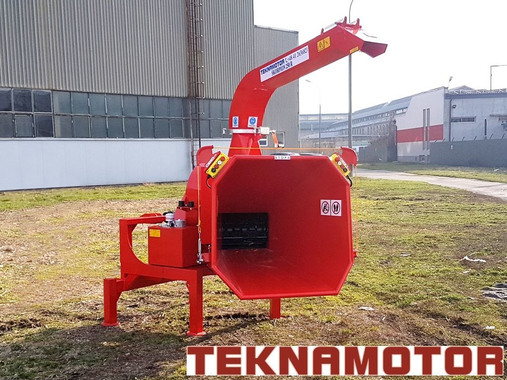 new TEKNAMOTOR Skorpion 250R wood chipper